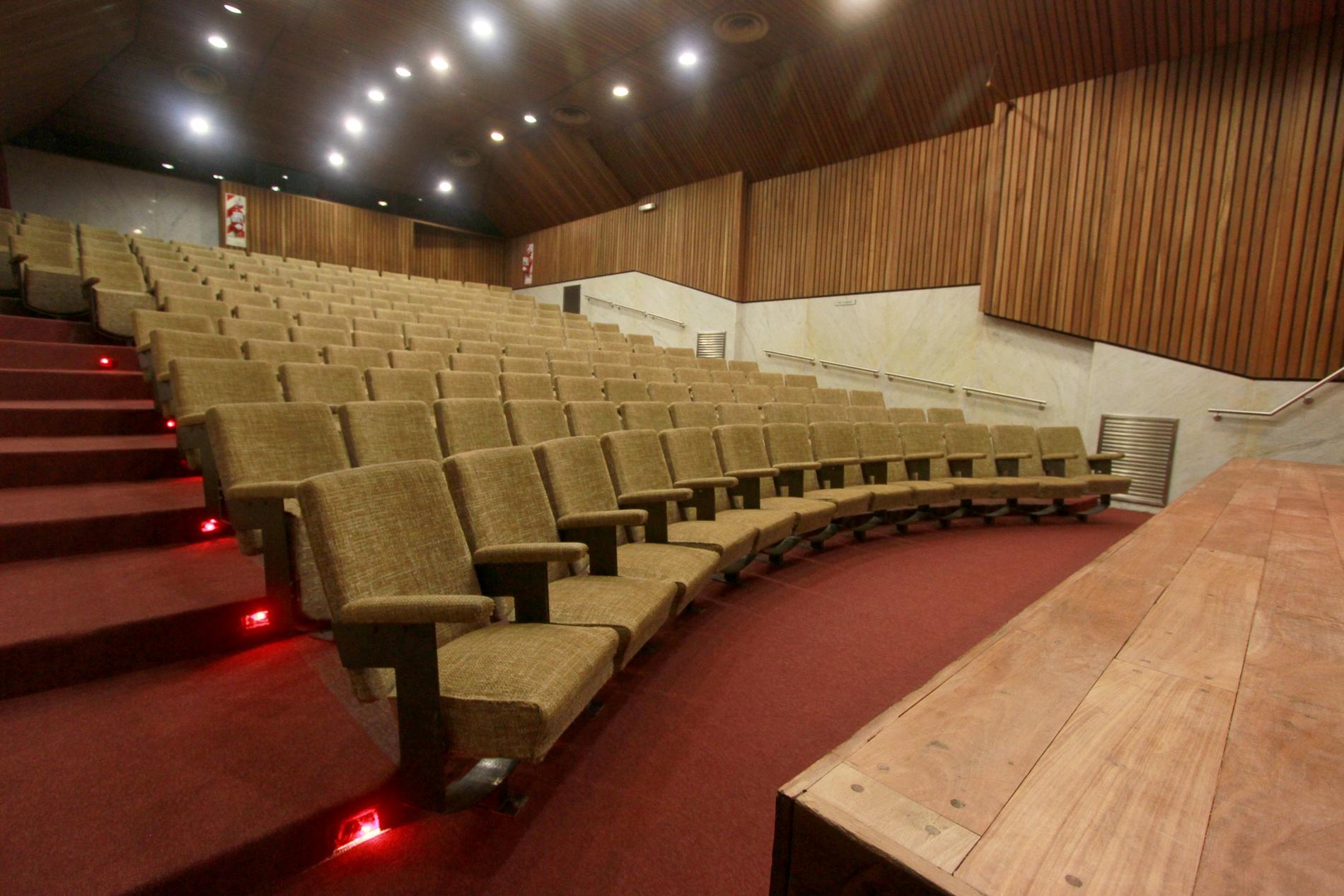 Auditorio renovado